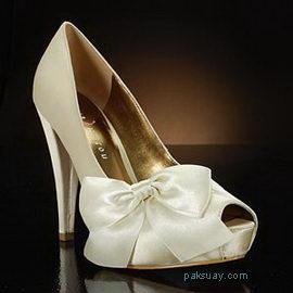 รองเท้าเจ้าสาวแต่งงาน