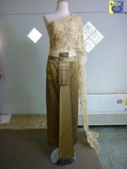 ให้เช่าชุดไทยแต่งงานเฉดสีทอง หน้านางแบบโบราณ ทรงใหญ่ 2011