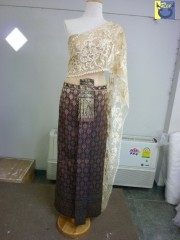 ชุดเจ้าสาวชุดไทย ผ้าถุงสีเข้ม