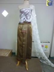 ชุดไทยแต่งงาน สไบสีขาว