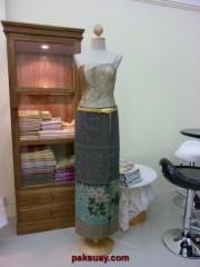ชุดไทยประยุกต์ แนวผ้าถุงล้านนา