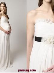 แบบชุดเจ้าสาวเกาะอก พร้อมการตบแต่ง 2011