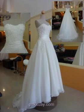 ชุดแต่งงาน มีคาดเอวผ้าเครป ปูผ้าลูกไม้