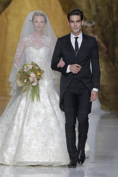 ชุดแต่งงาน แขนยาว ลูกไม้ ไอเดีย ต่างๆ 2014