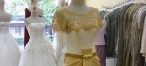 ชุดไทยแขนสั้น แขนยาว ชุดไทยบรมพิมาน แบบประยุกต์ สีทอง ไทยๆ ที่คุณช่วยสร้าง