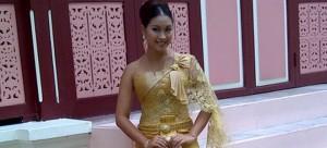 ชุดไทยพระราชนิยม  ชุดไทย อายุ 50