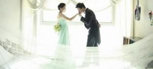 Idea ดอกไม้ เจ้าสาว 2013 คู่ ชุดแต่งงาน แปลกๆ เก๋ๆ