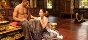 นุ่งผ้า แบบไทย แฟชั่นชุดไทย ภูมิปัญญาการแต่งกาย