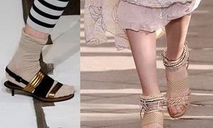แบบรองเท้า ส้นเตี้ย Kitten Heels คู่ผมเปีย สาวเฟมินีน แฟชั่นแต่งตัวนอกกรอบ