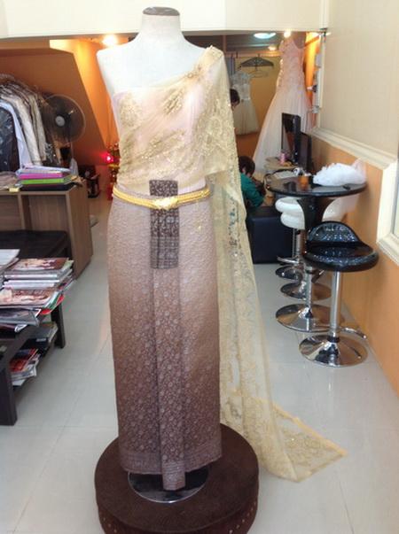 รวม ชุดไทย สีทอง ชุดเจ้าสาว งานแต่งงาน