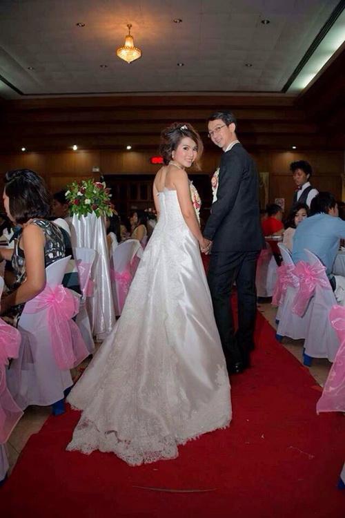 รูปชุดแต่งงาน ชุดไทย คุณแอ๊ว