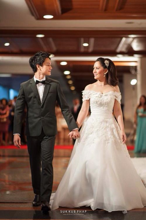 รูปชุดแต่งงาน ชุดไทย คุณมด