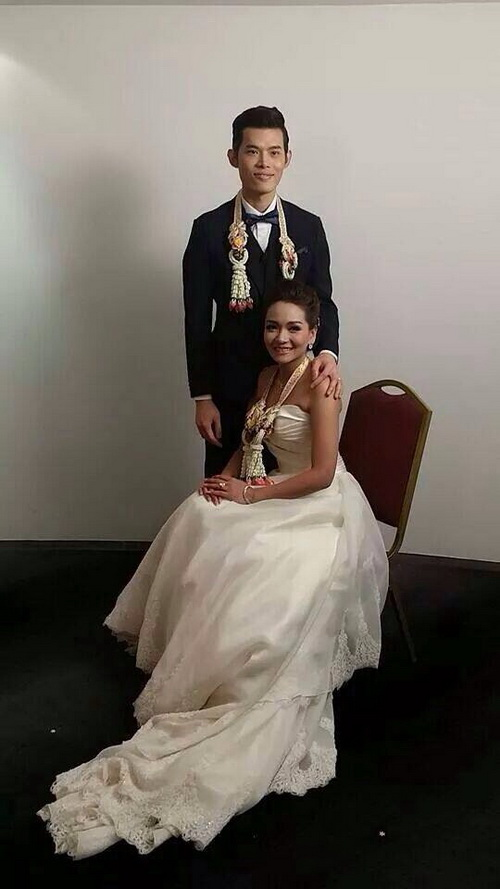 รูปชุดแต่งงาน ชุดไทย คุณยุ้ย ไอติม