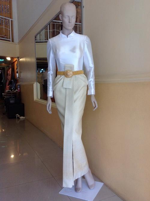 ชุดไทยบรมพิมาน ชุดไทย แบบหนึ่งยอดนิยม ในงานสันนิบาต