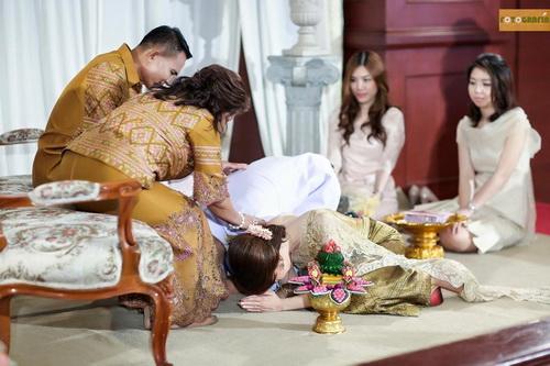 ชุดแต่งงาน แบบต่างๆ ภาพลูกค้า