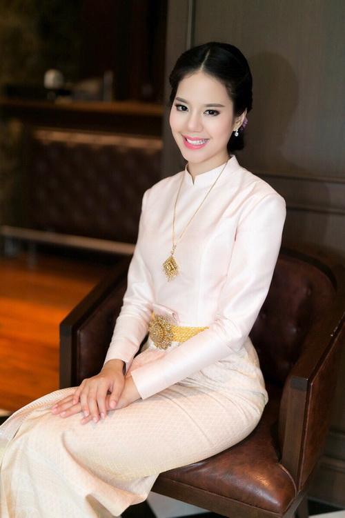 ส่อง ชุดไทยบรมพิมาน รูปคุณลูกค้า ร้านลีลาโรส