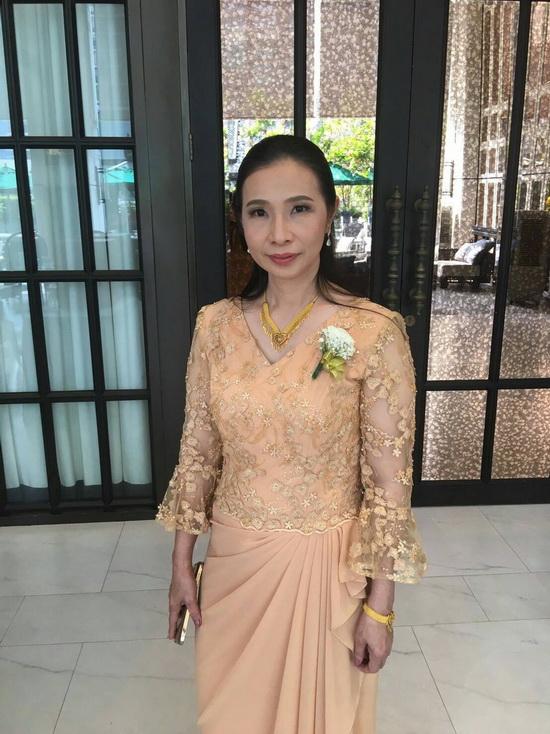 เสื้อลูกไม้ ชุดราตรี เดรสออกงาน ชุดคุณแม่ งานแต่งงาน